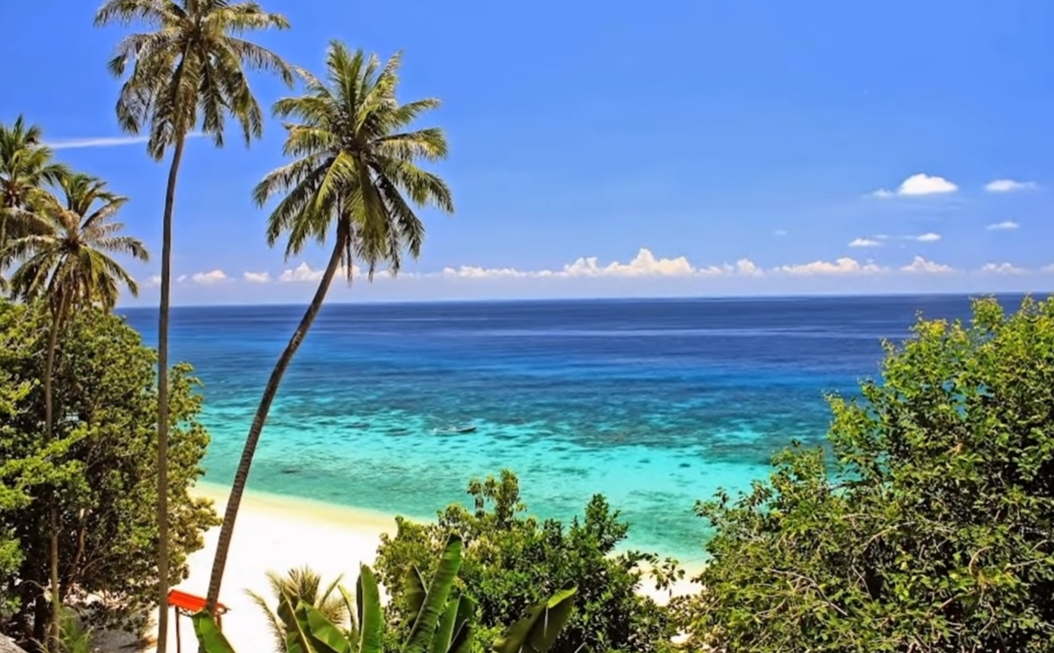 Banda Aceh – Sabang Weh Island Tour Package 4 Days 3 Nights (Snorkeling)
